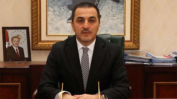 Kars Belediye Başkanı Bilgen'in yerine Kars Valisi Öksüz görevlendirildi