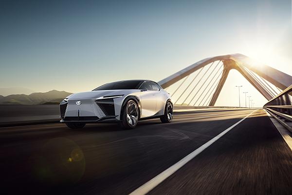 Lexus, 2025 yılına kadar 20 elektrikli model tanıtacak