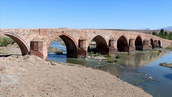'Ecdadın mühendislik harikası' köprü yüzyıllardır ayakta