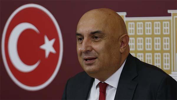 'Türk dış siyasetinin bu oyuna gelmemesi gerekir'