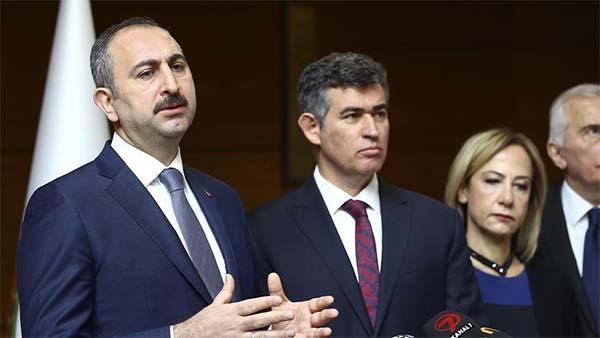 Adalet Bakanı Gül: Bu cinayetin üstünün örtülmesi amaçlanıyordu