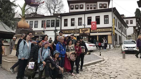 Safranbolu hafta sonu 15 bin ziyaretçi ağırladı