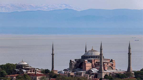 İstanbul'dan Uludağ manzarası bir yıl sonra tekrar görüldü