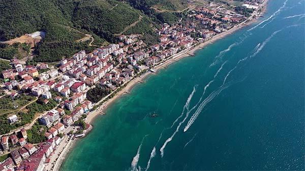 Yalova'da müsilaj kıyı ve açık denizde yer yer etkisini sürdürüyor