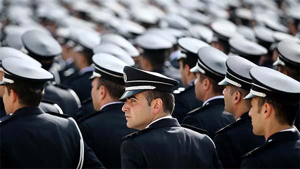 Başpolis ve kıdemli başpolisler 'komiser yardımcısı' olabilecek