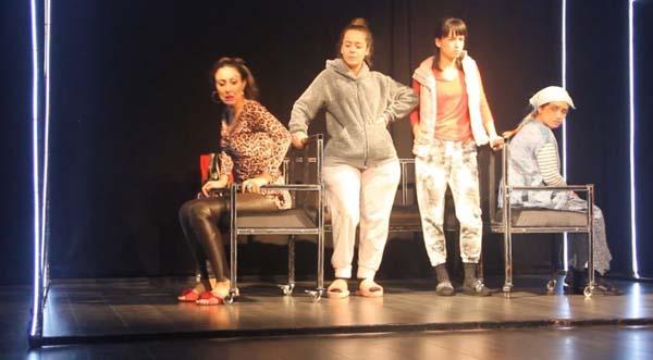 Türkiye'de kadınların dramı Sığınamayanlar ile sahnede