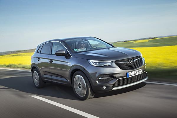 Opel, 2020'deki başarısını yeni yılda kampanyalarla sürdürüyor