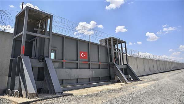 Sınırdaki güvenlik duvarının yüzde 75'i tamamlandı