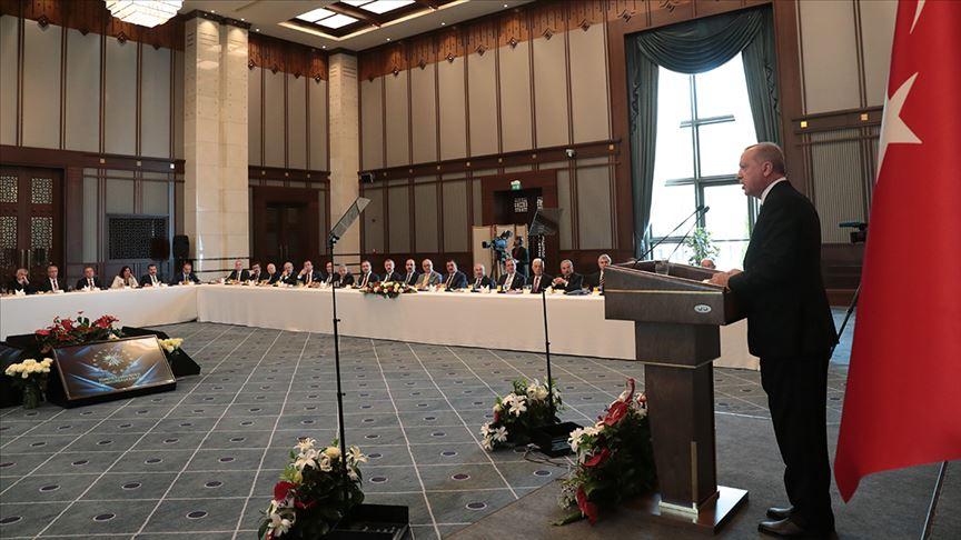 Cumhurbaşkanı Erdoğan: Tüm hayırlı çalışmalarda belediye başkanlarının yanında olacağım