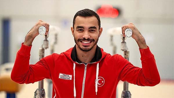 Milli cimnastikçi Ferhat Arıcan, Hırvatistan'da altın madalya kazandı