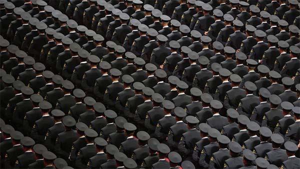 TSK'dan 1412 personel ihraç edildi