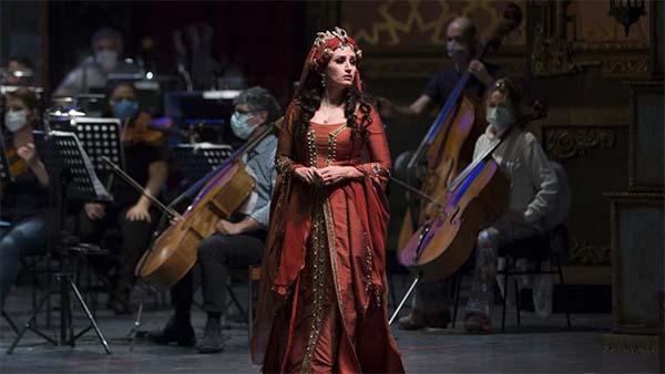 238 yıllık 'Saraydan Kız Kaçırma' operası Kovid-19'a göre yeniden kurgulandı