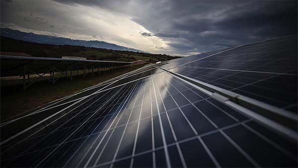 Enerjide yabancı yatırım ekonomik büyümeyle yeniden artacak