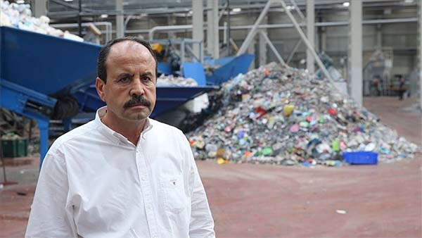 'Çöp'ten dönüştürdüklerini dünyaya satıyor