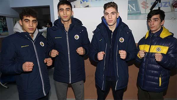 Fenerbahçe'nin genç boksörleri gelecekten umutlu