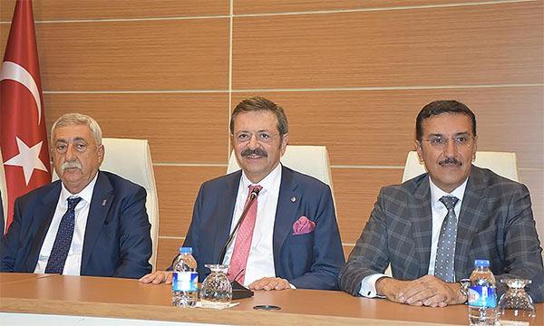 Hisarcıklıoğlu: 'Türk özel sektörü olarak üstesinden geleceğiz'