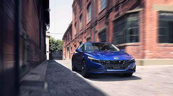 Hyundai, yeni Elantra ile fark yaratacak