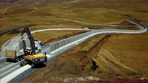 Van-İran sınırı beton duvar, hendek ve kulelerle 'geçilmez' olacak