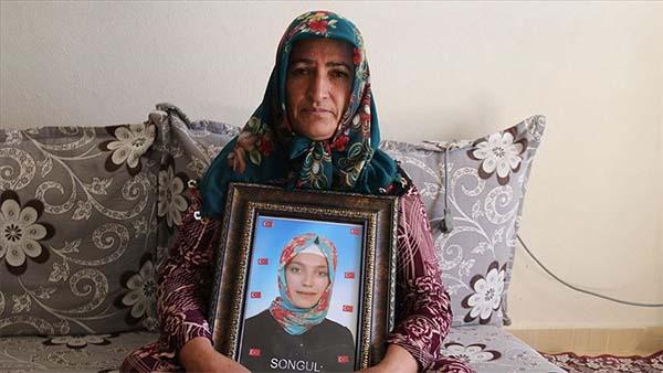 Diyarbakır annelerinden Akkuş: 12 bayramdır kızımı görmüyorum
