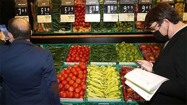 Zincir marketlerdeki ürün fiyatlarının denetimi için ticaret müfettişleri görevlendirildi