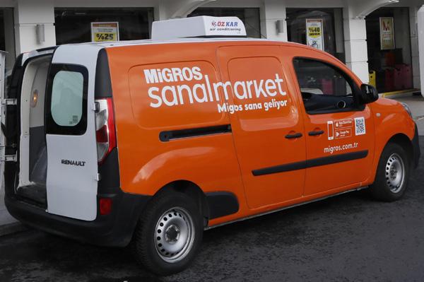 Migros, 60 yaş ve üstü müşterilerin siparişlerini evlerine ücretsiz götürüyor