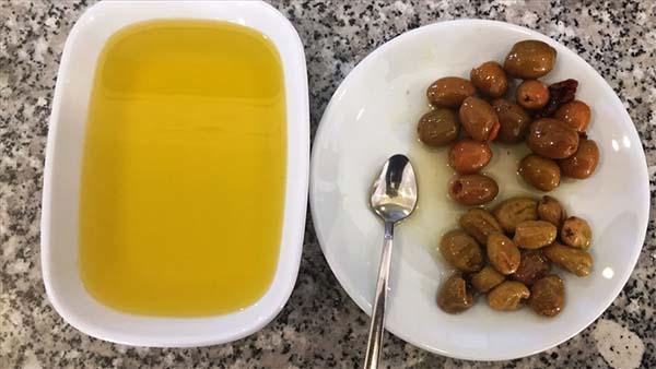 Zeytin ve zeytinyağı ihracatından yılın ilk yarısında 136 milyon dolar elde edildi