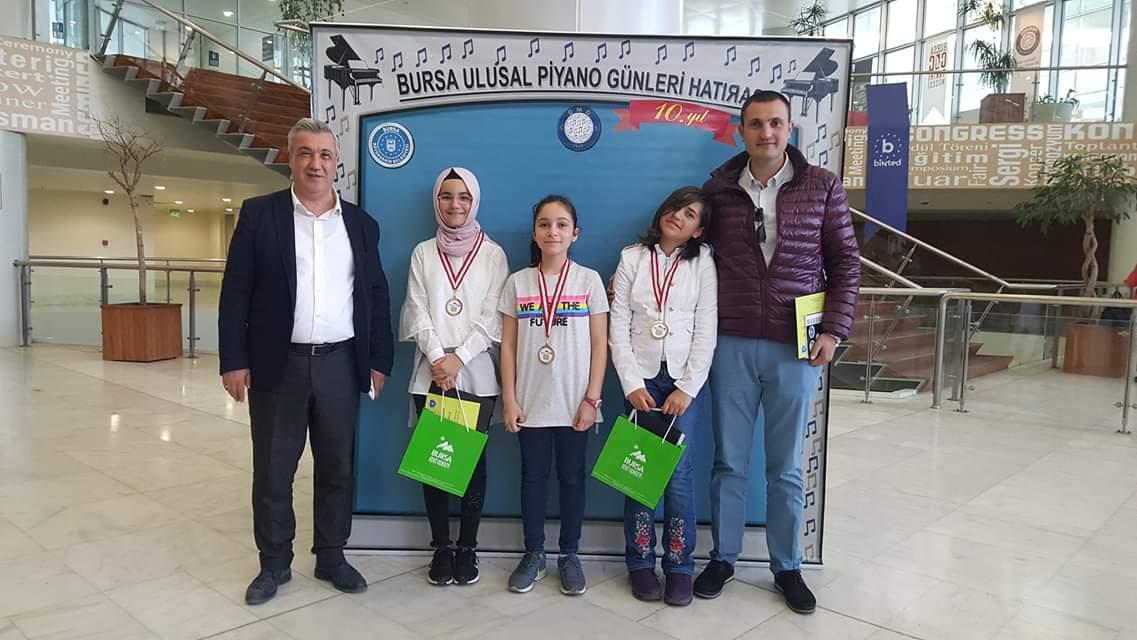 Bilim ve Sanat Merkezi Türkiye'nin En Büyük Piyano Maratonu'na Katıldı
