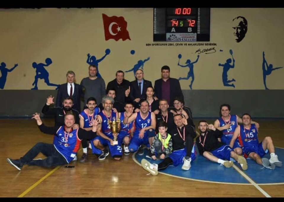 Şampiyon Mustafakemalpaşa Belediyesi