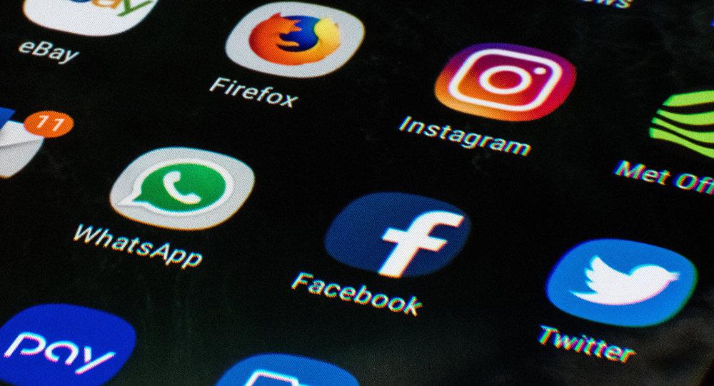 ''Fazla sosyal medya kullanımı, genç kadınlarda daha fazla depresyona yol açıyor''