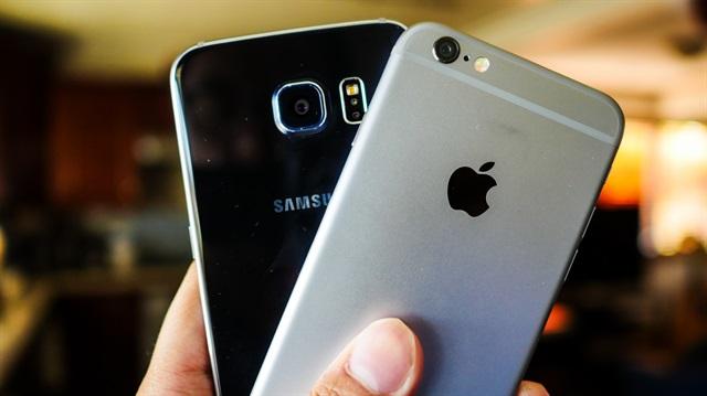 Apple''dan sonra  Samsung da kar beklentisini düşürdü