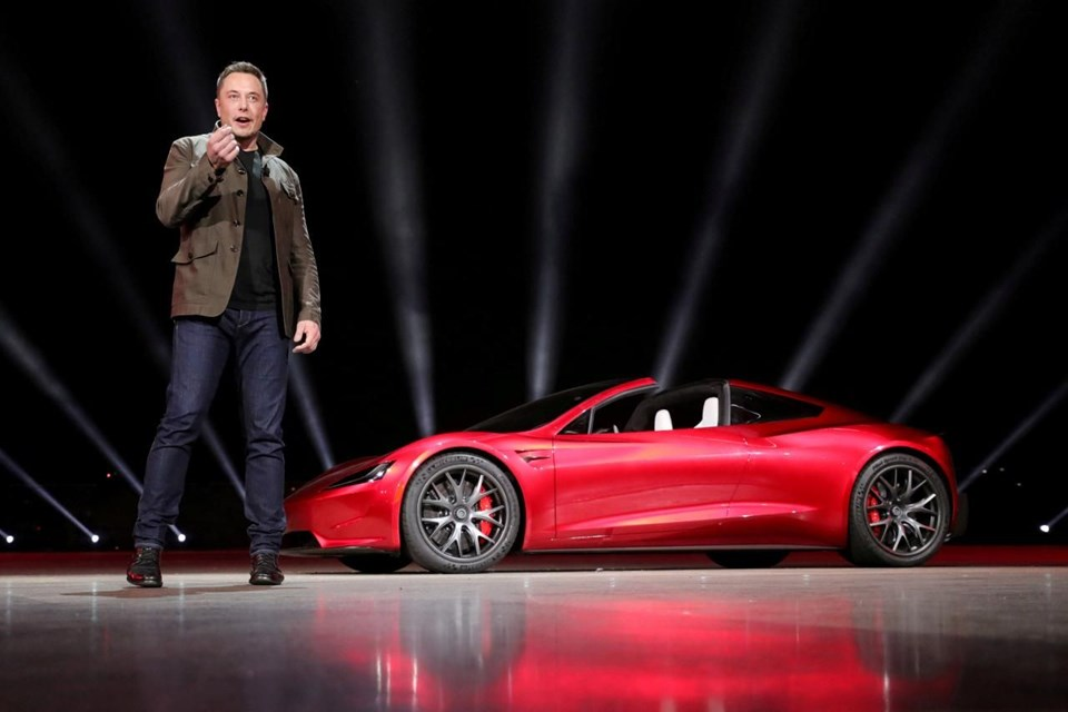 Elon Musk''tan uçan otomobil açıklaması: Şaka yapmıyorum