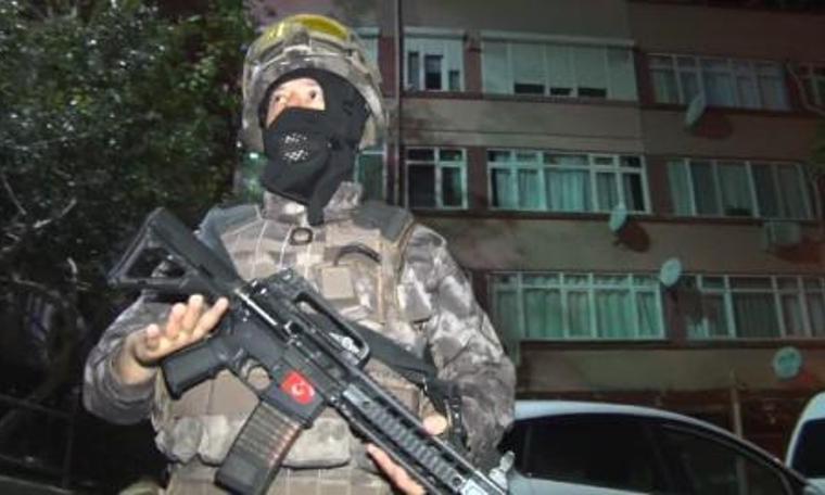 Büyük operasyonda çete liderinin polis olduğu çıktı