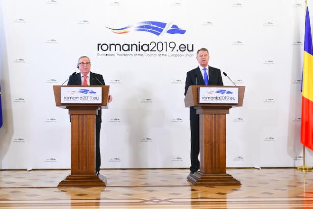 Avrupa Komisyonu Başkanı'ndan Romanya'ya 'yolsuzluk' uyarısı
