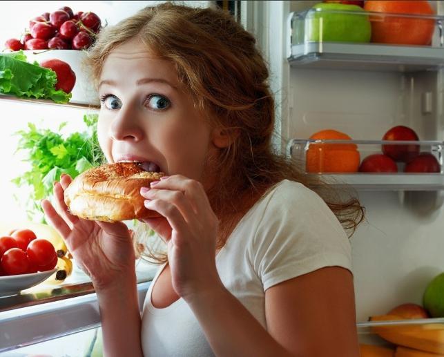 Kendini buzdolabının önünde bulanlar dikkat!