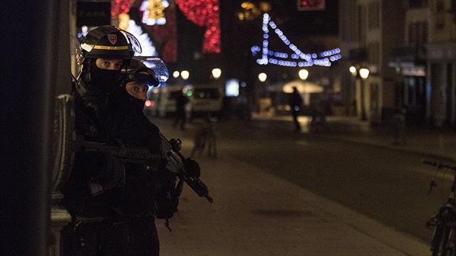 Fransa''da ''acil saldırı uyarısı'' seviyesine geçildi
