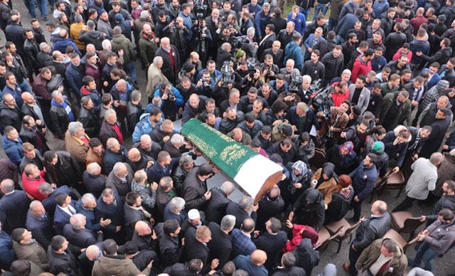 Lastik-İş Sendikası Genel Başkanı Abdullah Karacan son yolculuğuna uğurlandı