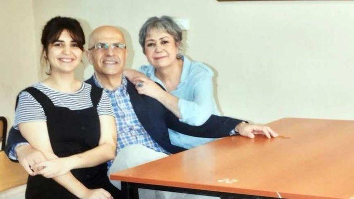 Berberoğlu'nun eşi Yargıtay ve AYM önünde eylem yapacak