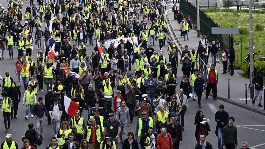 Sarı Yelekliler tekrar sokaklarda