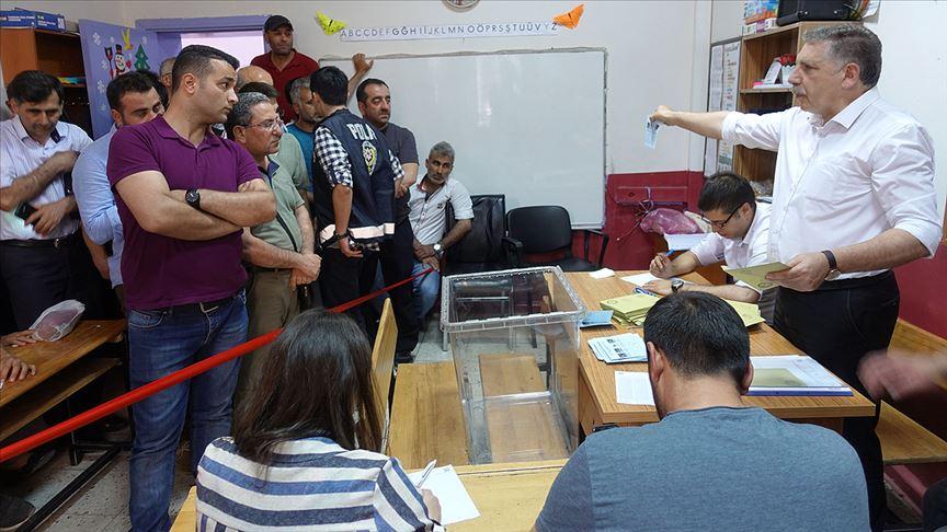 Yenilenen seçimlere AK Parti damga vurdu