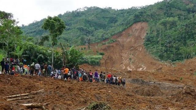 Endonezya'da heyelan: 1 çocuk öldü