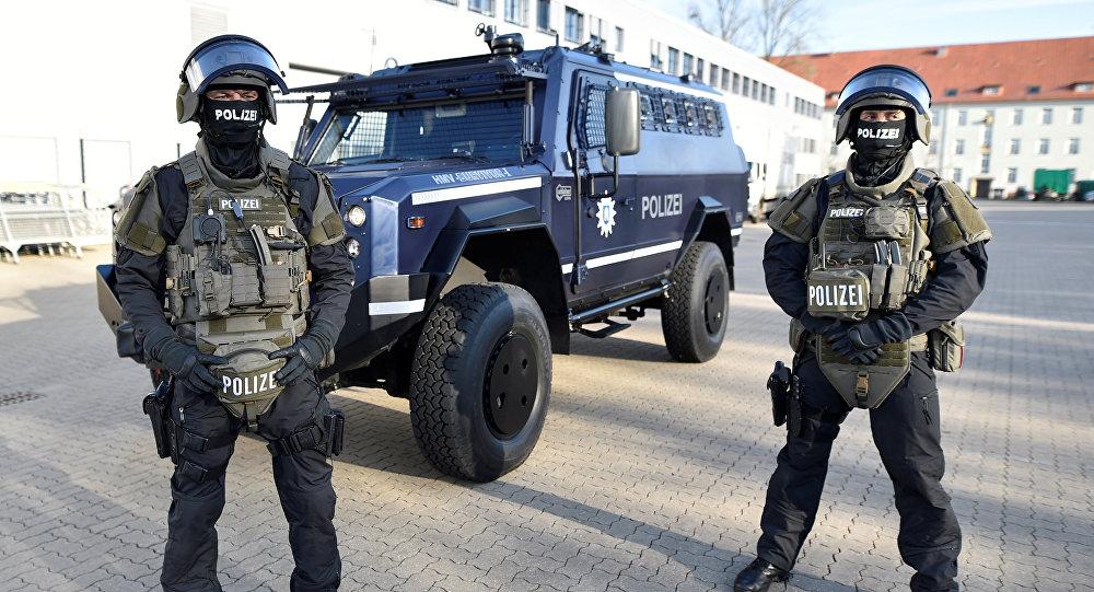 Almanya'da bomba paniği!