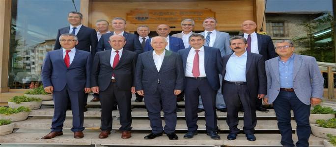 """Kılıçdaroğlu, """"Dünya Hala Huzuru ve Adaleti Arıyor"""""""