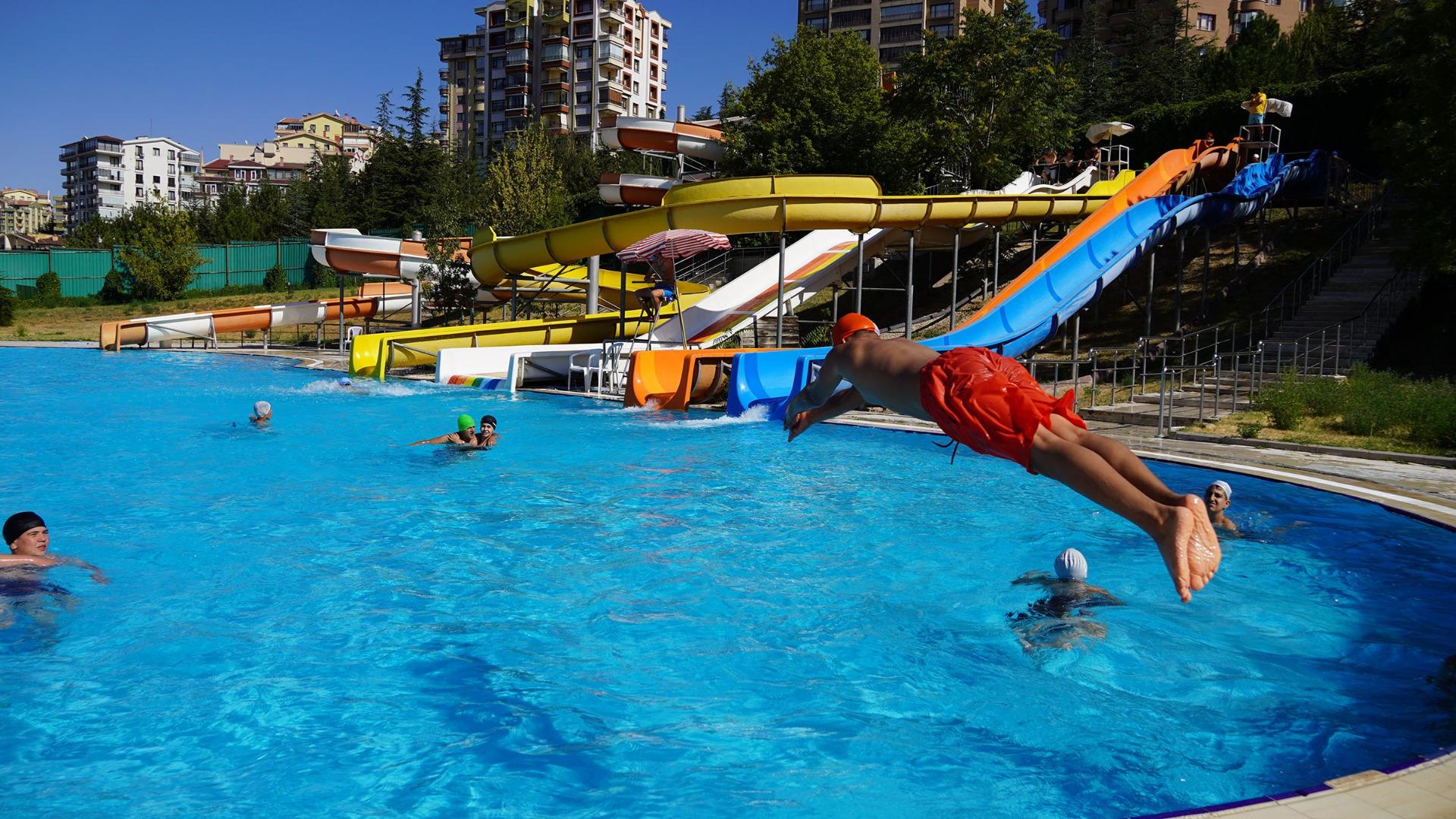 Keçiören'de aqua parklar önlem alınarak hizmete açıldı