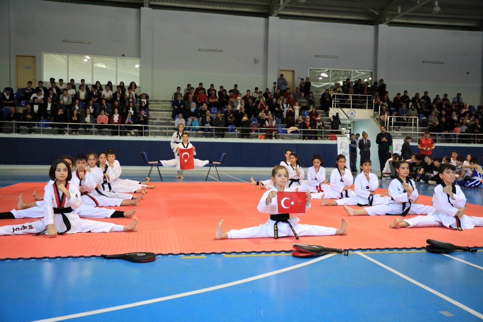 Akyurt'ta Amatör Spor Haftası kutlandı