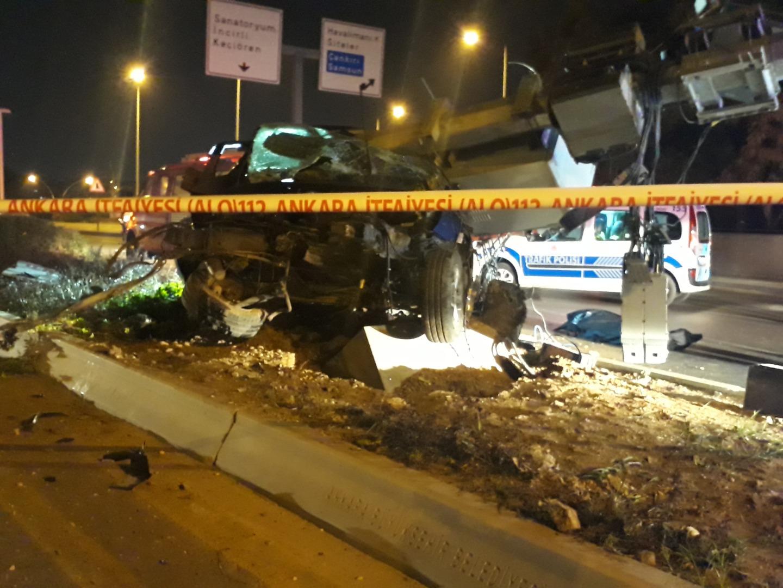 Başkent'te aşırı hız ölüm getirdi