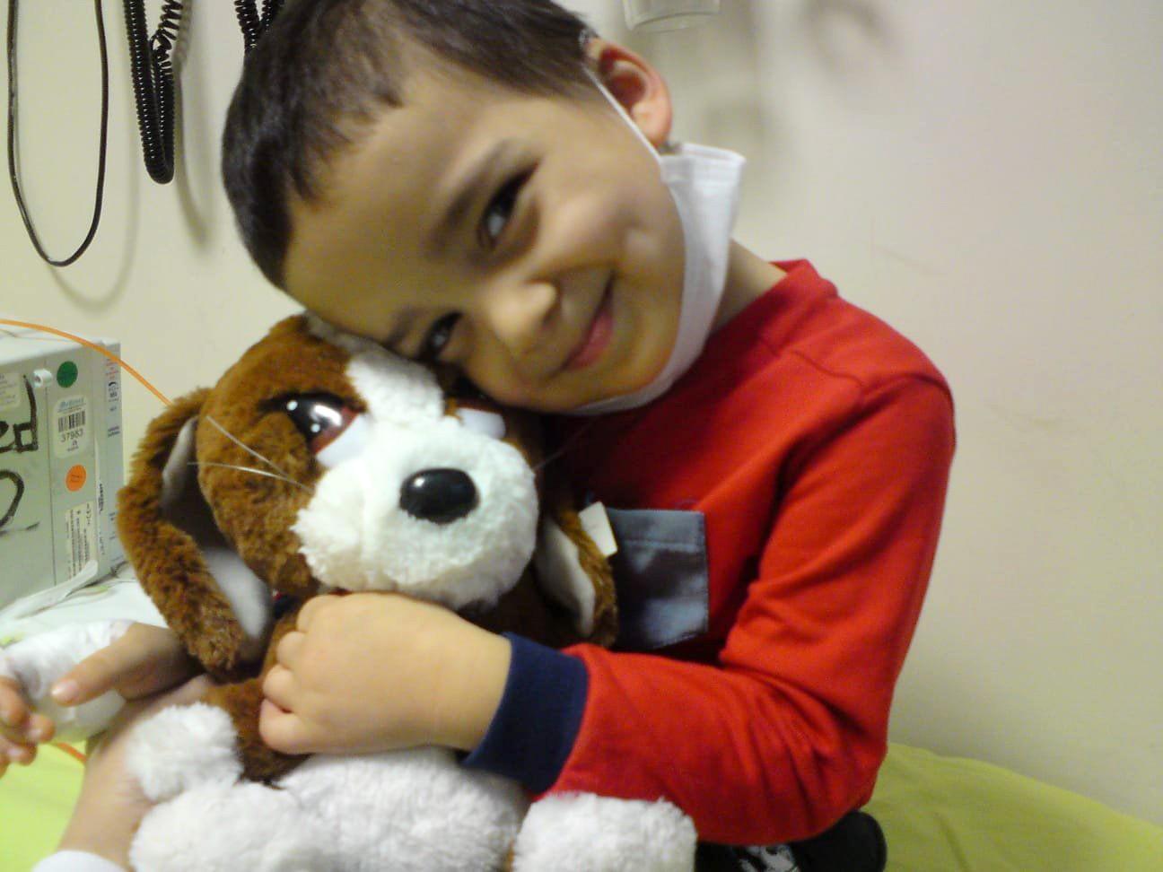 Kanserden ölen 5 yaşındaki Ahmet'in adı kütüphanede yaşayacak
