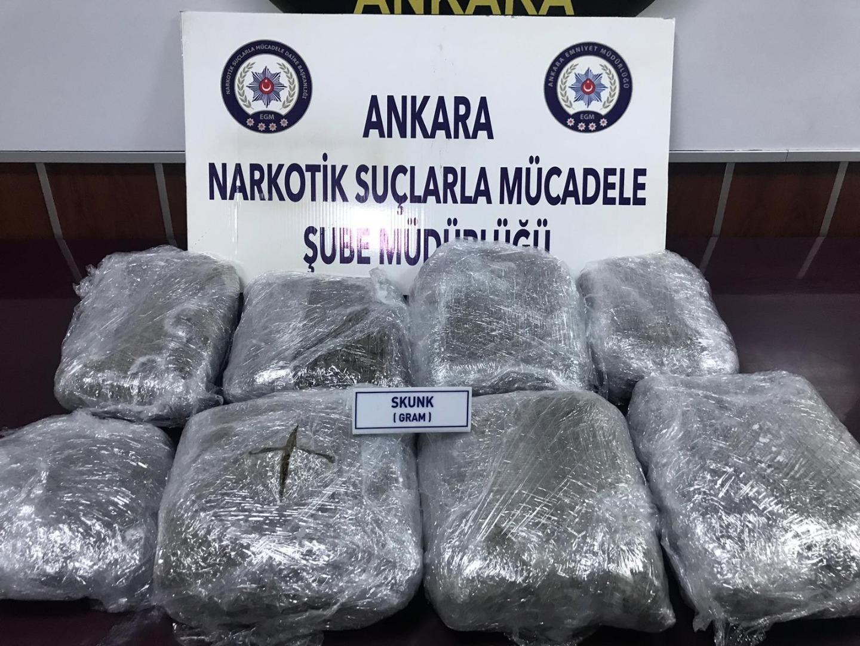 Ankara Narko ekipleri uyuşturucu maddeler ele geçirdi