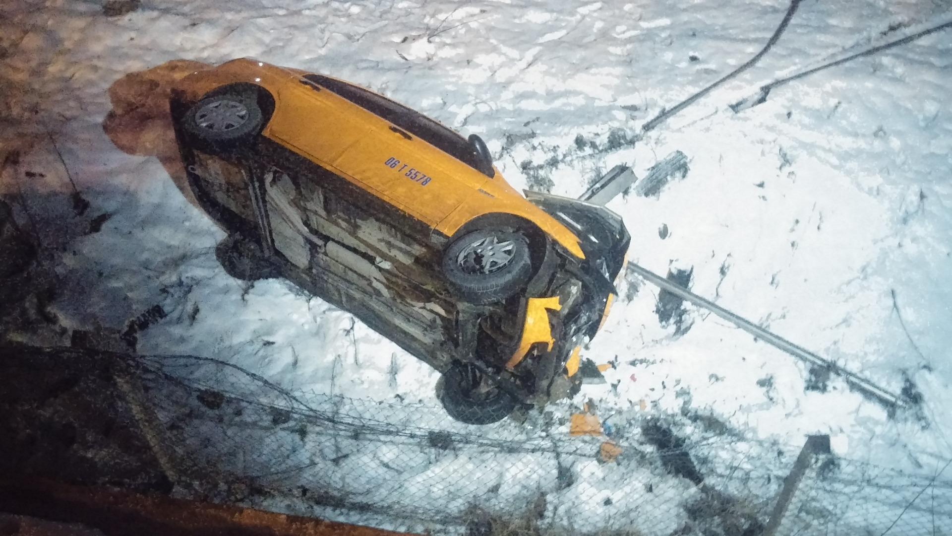 Köprüden uçan otomobilden sağ çıktı