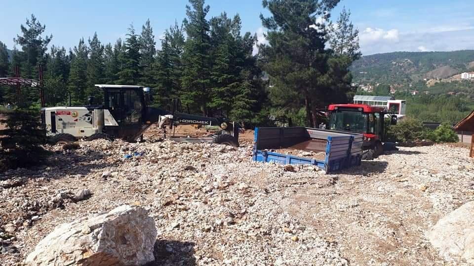 Selden etkilenen Nallıhan'nda hasar büyük