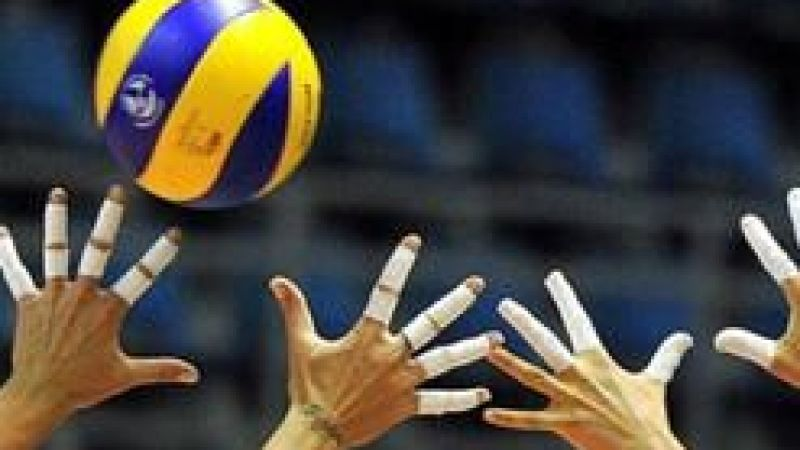 Genç voleybolcularAnkara'da Avrupa Şampiyonası'na hazırlanıyor